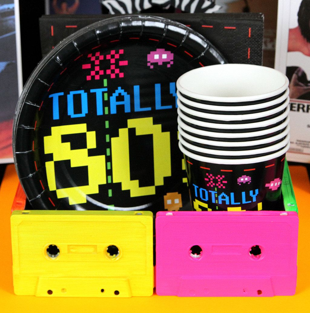 Totally 80s Party Tableware
