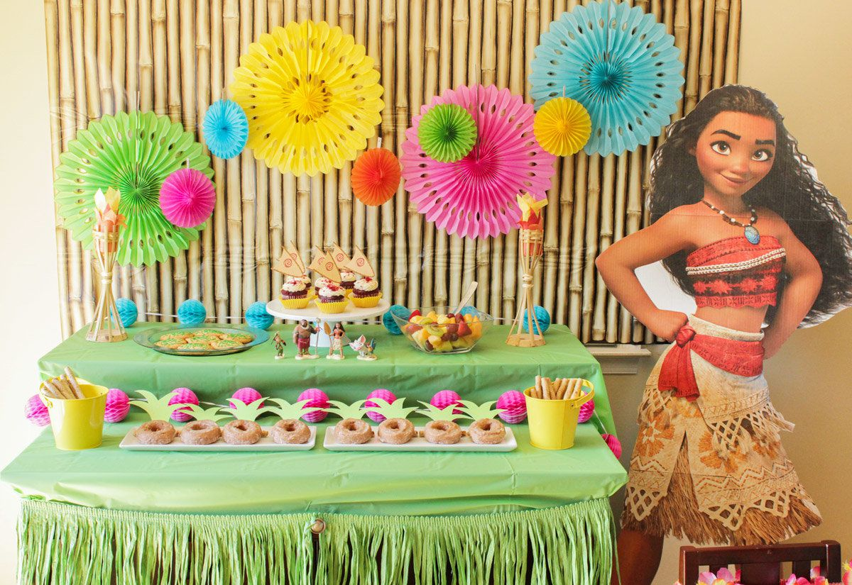 Moana Dessert Table