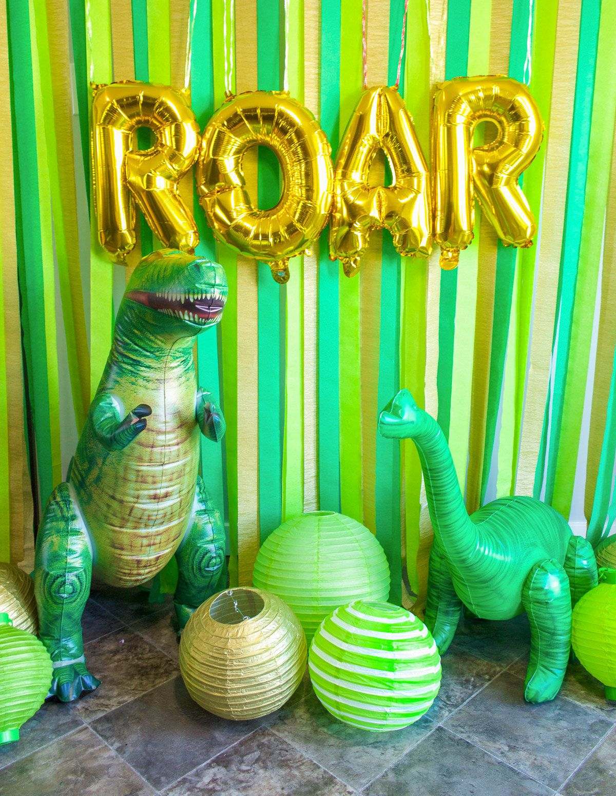 Dinosaur Birthday Party Ideas - Photobooth