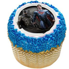 "Batman v Superman 2"" Edible Cupcake Topper (12 Images)"