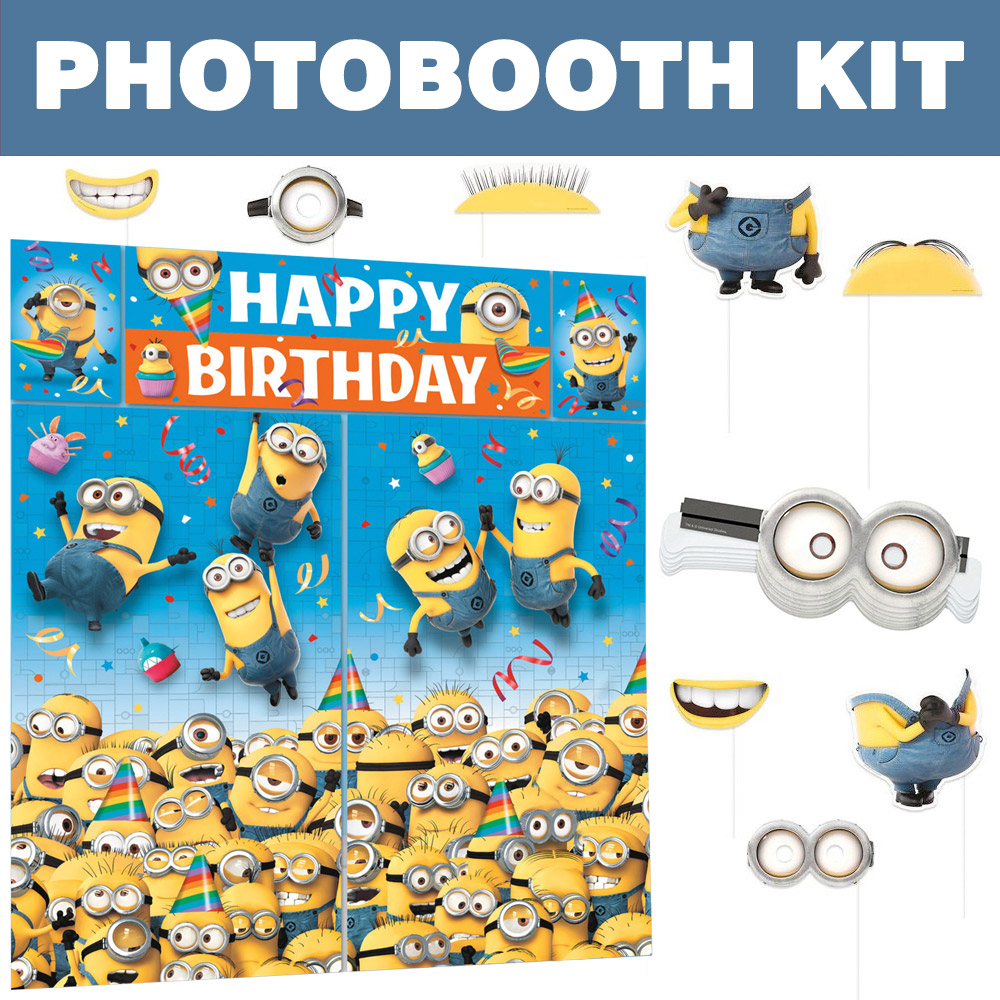 Despicable Me Photo Booth Kit - Party Supplies BBKIT1030