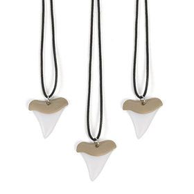 Plastic Shark Tooth Necklace (12)