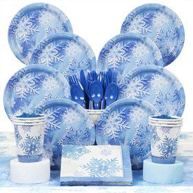 Snowflakes Party Deluxe Tableware Kit Serves 8