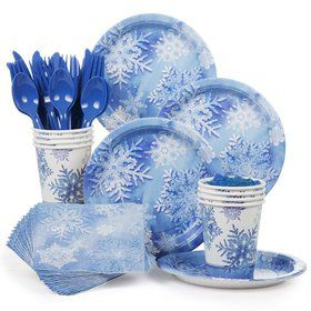 Snowflakes Party Standard Tableware Kit Serves 8